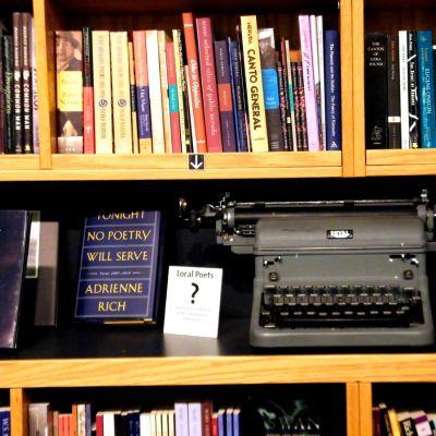 edición independiente- máquina de-escribir