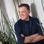 Entrevistamos a Enrique Trava, autor de Los hijos de la Luz